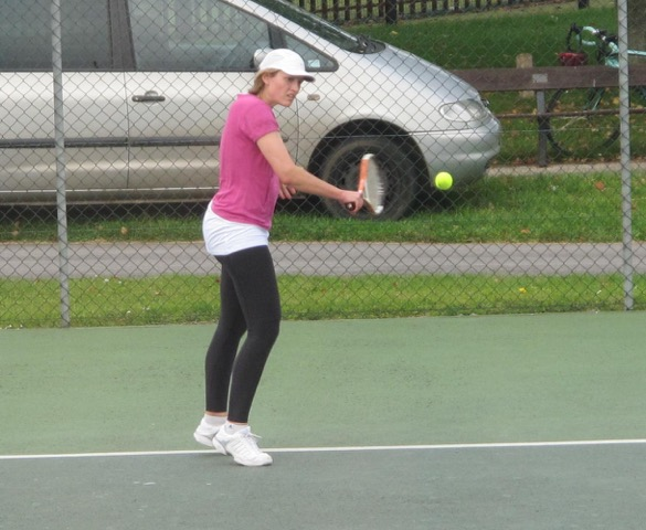 Ladies' Singles consolation winner Felicity Quick